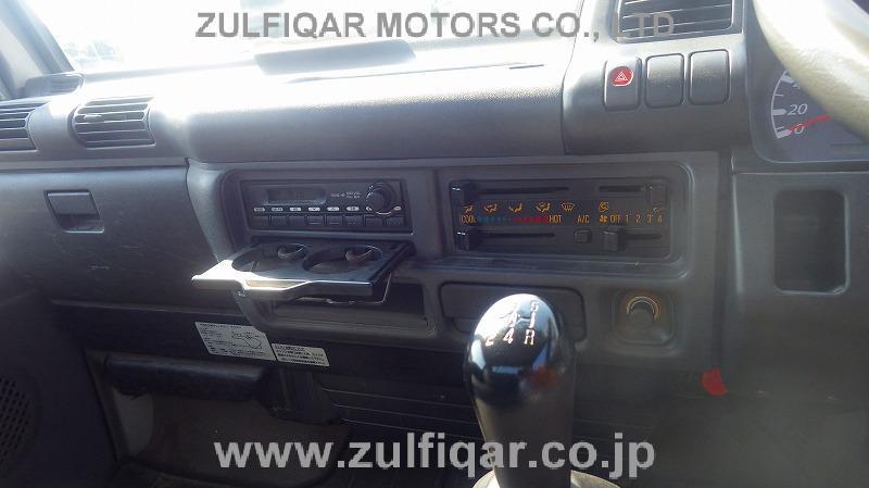 ISUZU ELF TRUCK 2005 Image 9