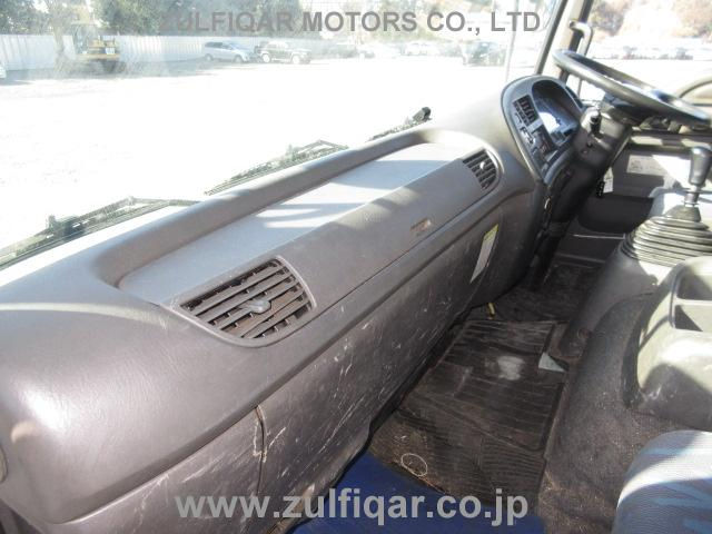 ISUZU FORWARD 2006 Image 32