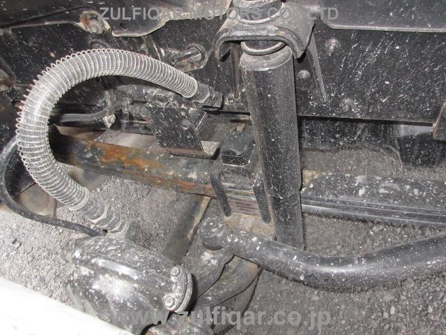 ISUZU ISUZU TRUCK 2005 Image 8