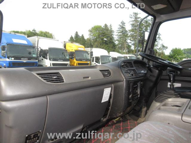 ISUZU FORWARD 2004 Image 32