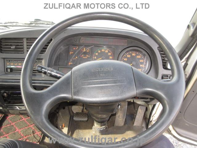 ISUZU FORWARD 2004 Image 33