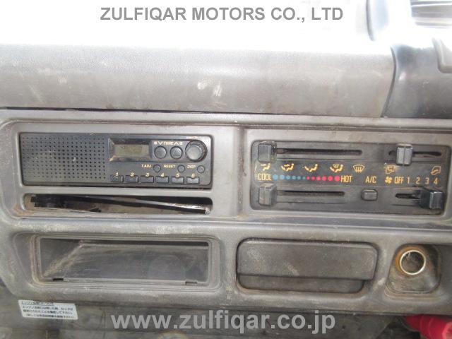 ISUZU ELF DUMP TRUCK 2002 Image 32