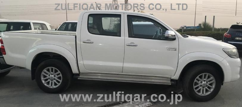 TOYOTA HILUX PICK UP 2015 Image 7