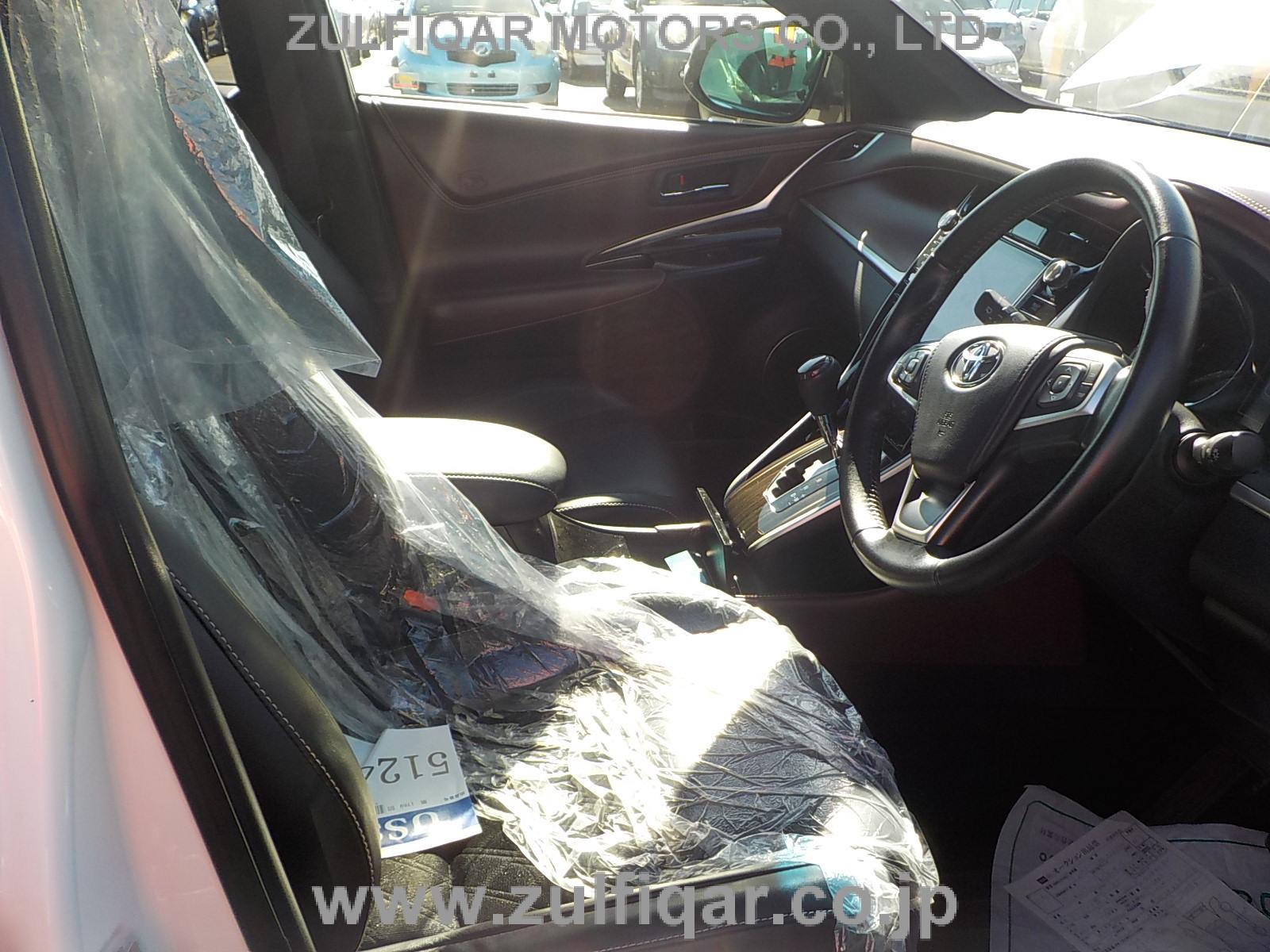 TOYOTA HARRIER 2015 Image 11