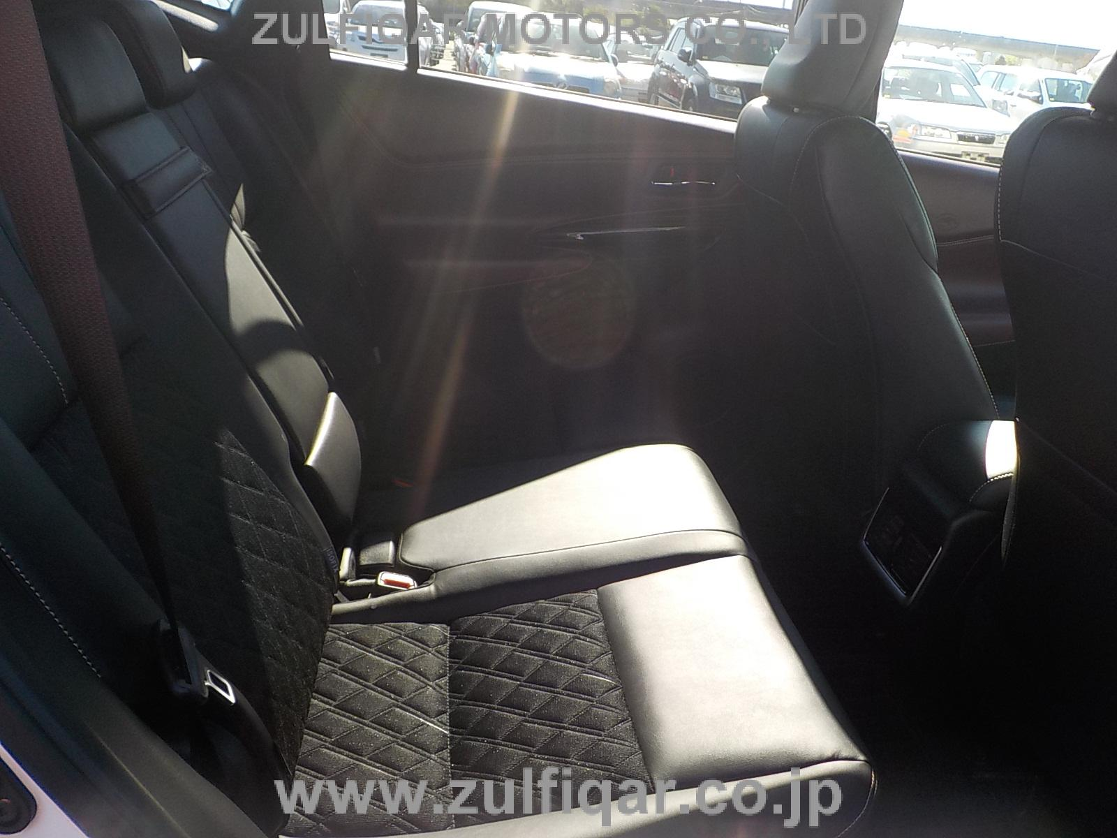 TOYOTA HARRIER 2015 Image 12