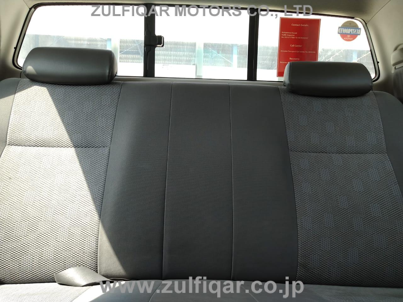 TOYOTA HILUX PICK UP 2015 Image 22
