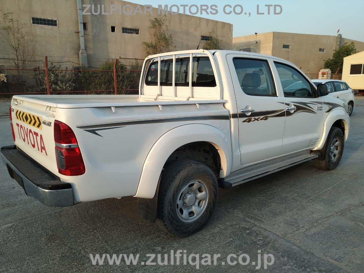 TOYOTA HILUX PICK UP 2015 Image 21