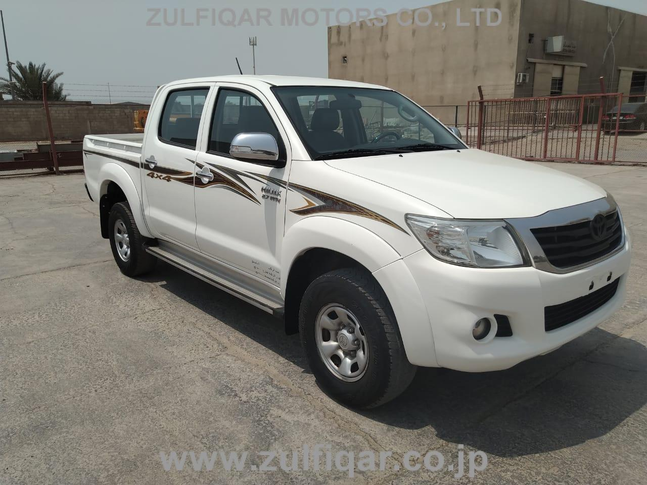 TOYOTA HILUX PICK UP 2015 Image 5