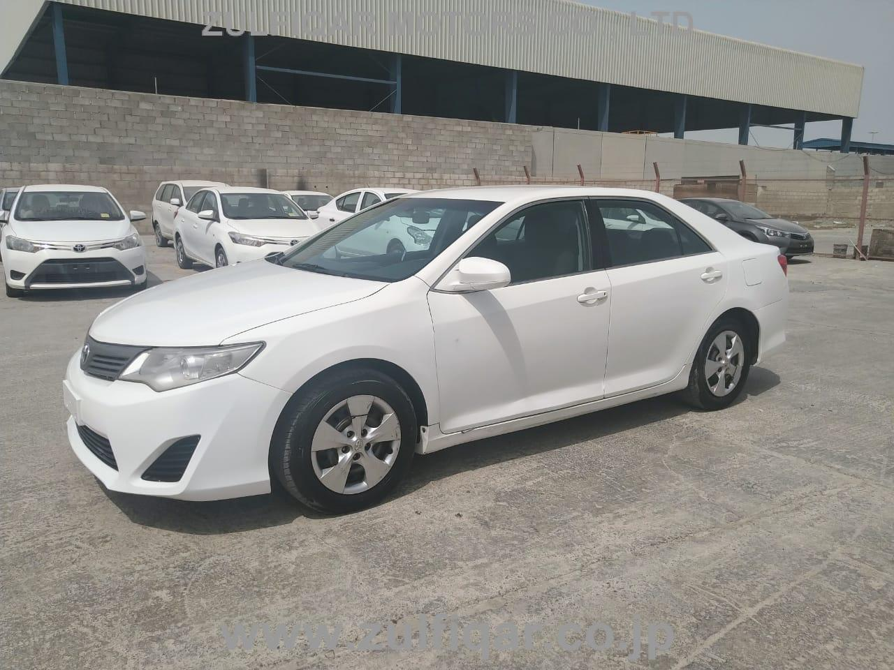 TOYOTA CAMRY 2014 Image 5