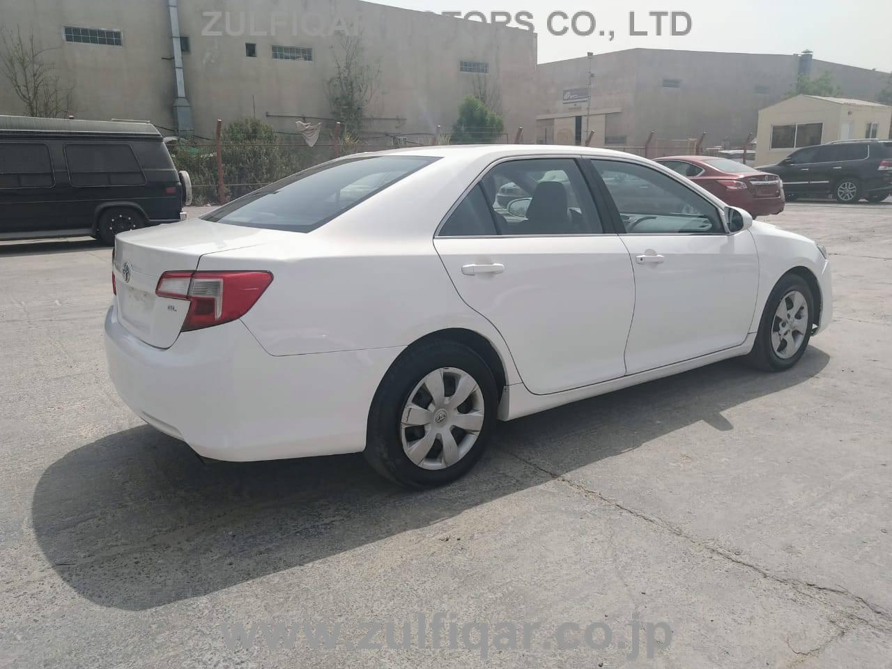 TOYOTA CAMRY 2014 Image 6