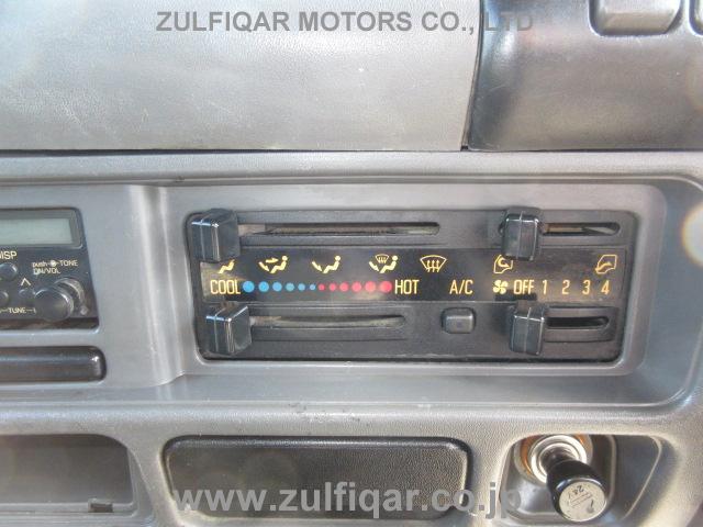 ISUZU ELF DUMP TRUCK 2001 Image 29