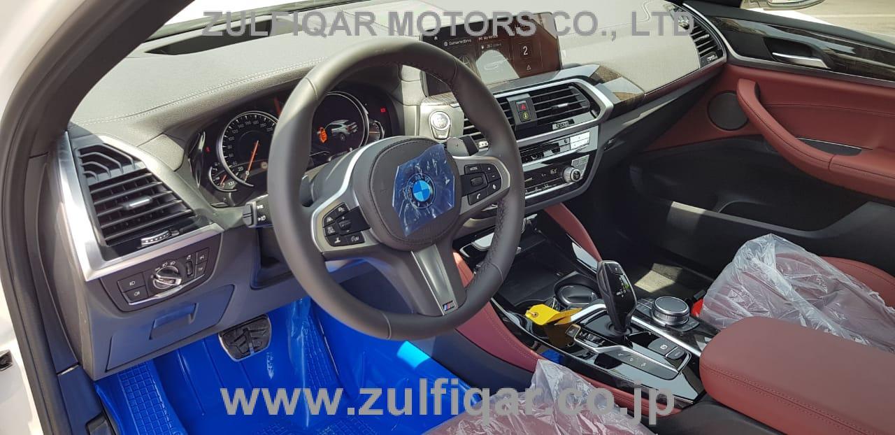 BMW X4 2019 Image 11