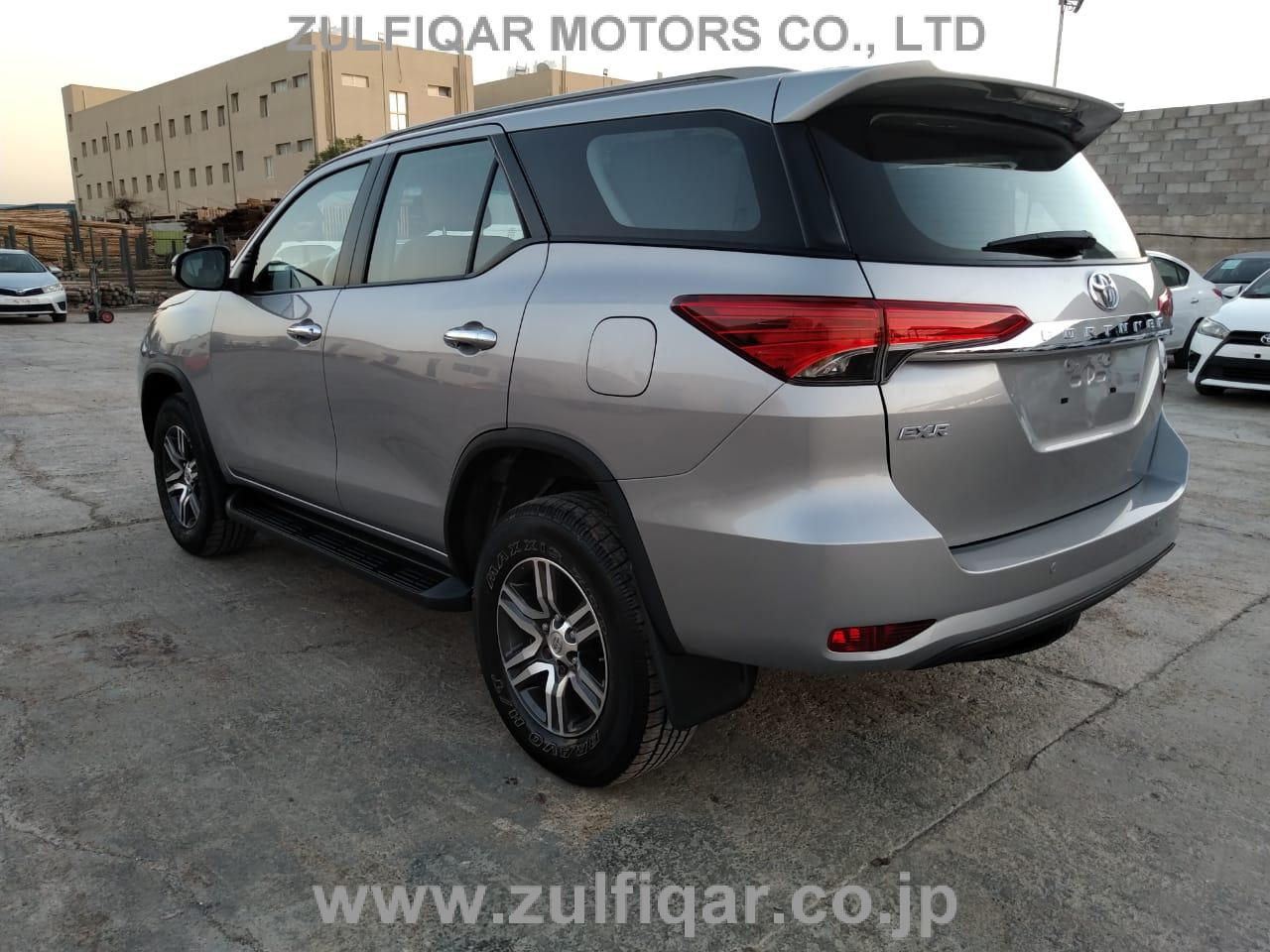 TOYOTA FORTUNER 2017 Image 6