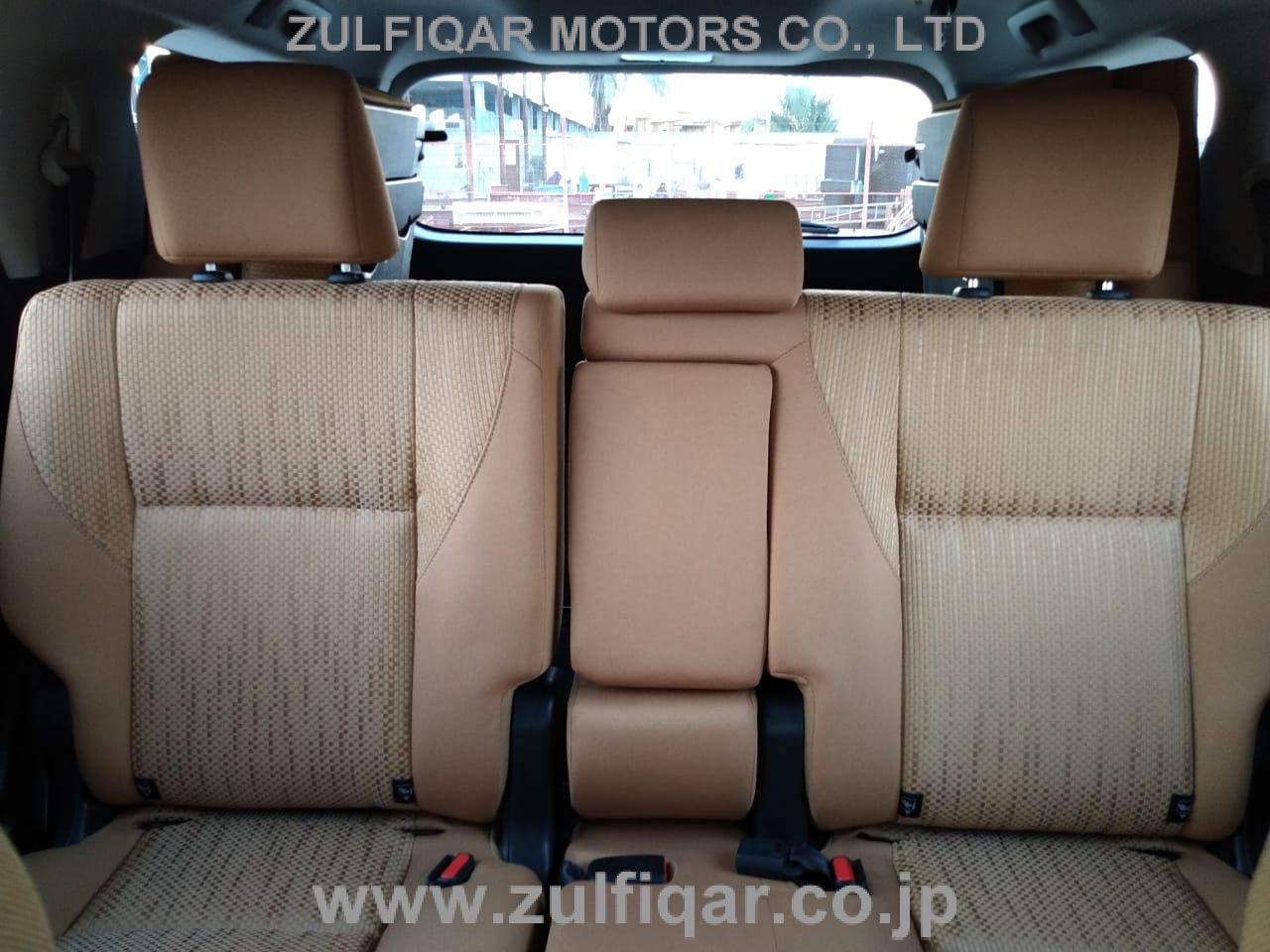 TOYOTA FORTUNER 2017 Image 10