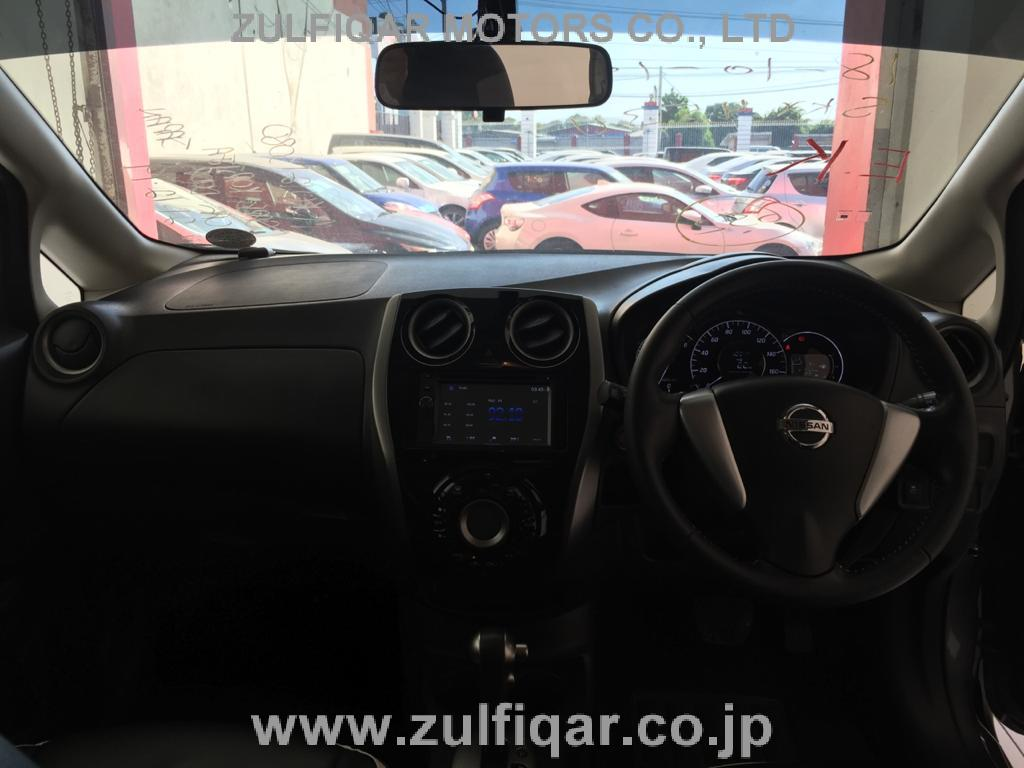 NISSAN NOTE 2015 Image 8