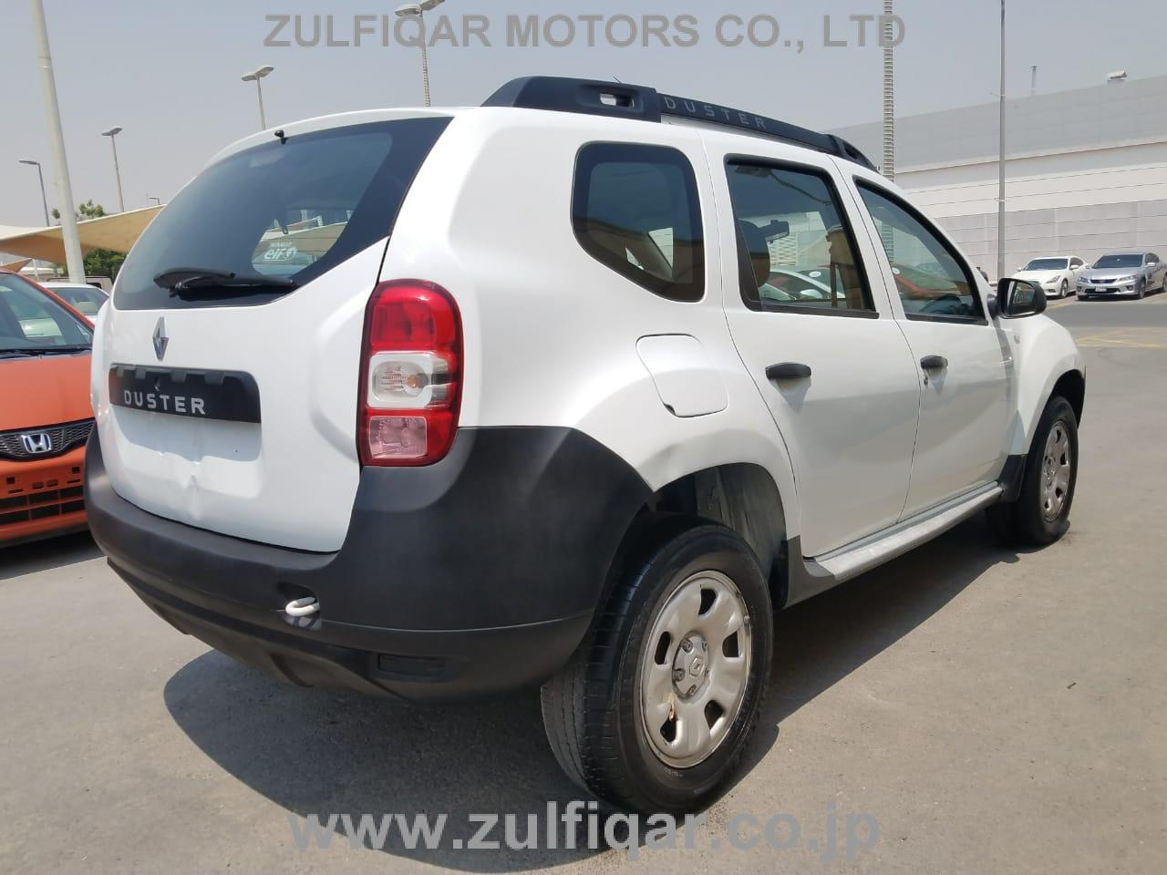 RENAULT DUSTER 2015 Image 8