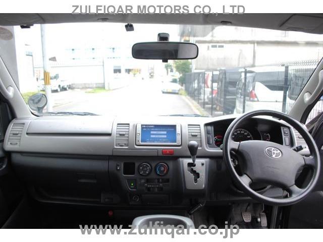 TOYOTA HIACE 2010 Image 5