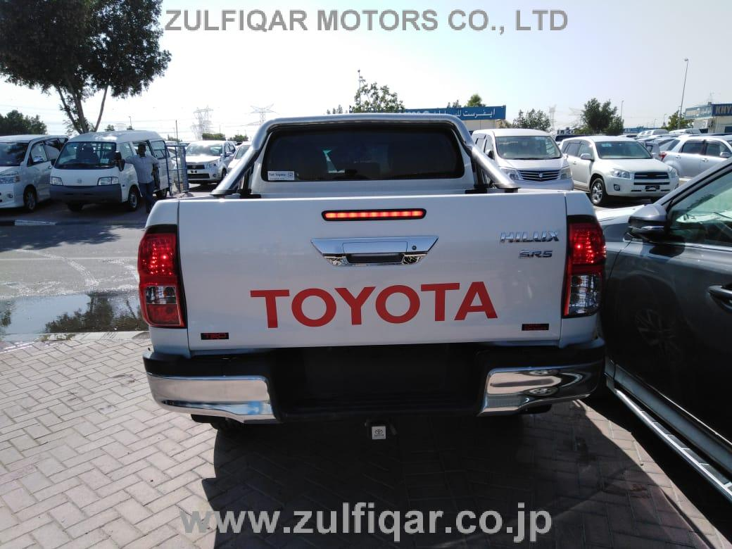 TOYOTA HILUX PICK UP 2018 Image 2