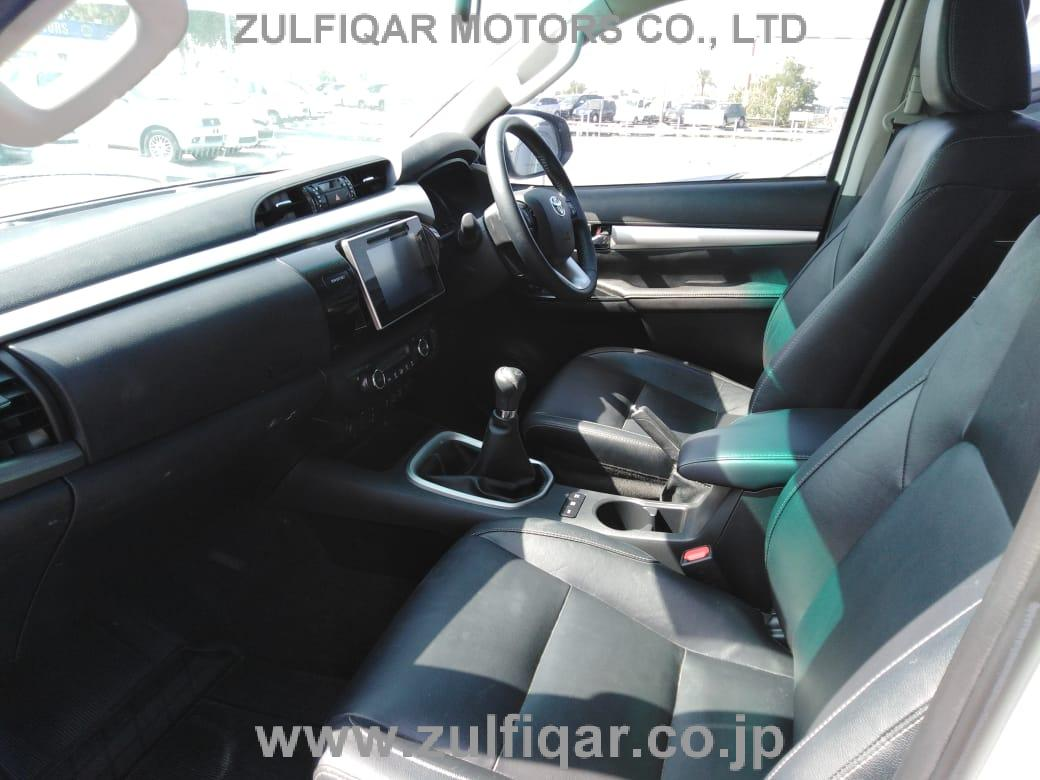 TOYOTA HILUX PICK UP 2018 Image 7