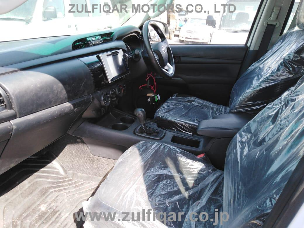 TOYOTA HILUX PICK UP 2016 Image 3