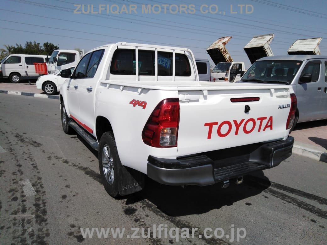 TOYOTA HILUX PICK UP 2016 Image 6