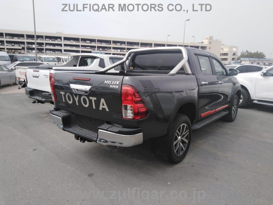 TOYOTA HILUX PICK UP 2018 Image 3