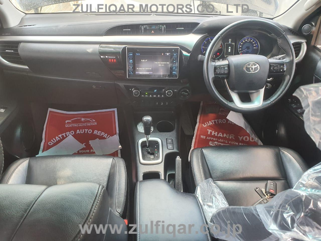TOYOTA HILUX PICK UP 2017 Image 3