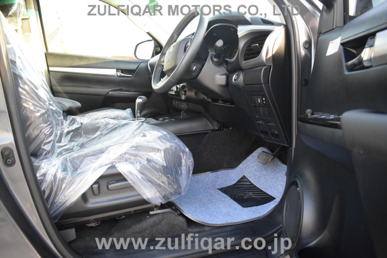 TOYOTA HILUX PICK UP 2016 Image 9