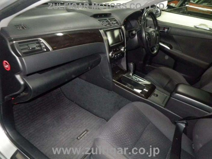 TOYOTA CAMRY 2013 Image 7