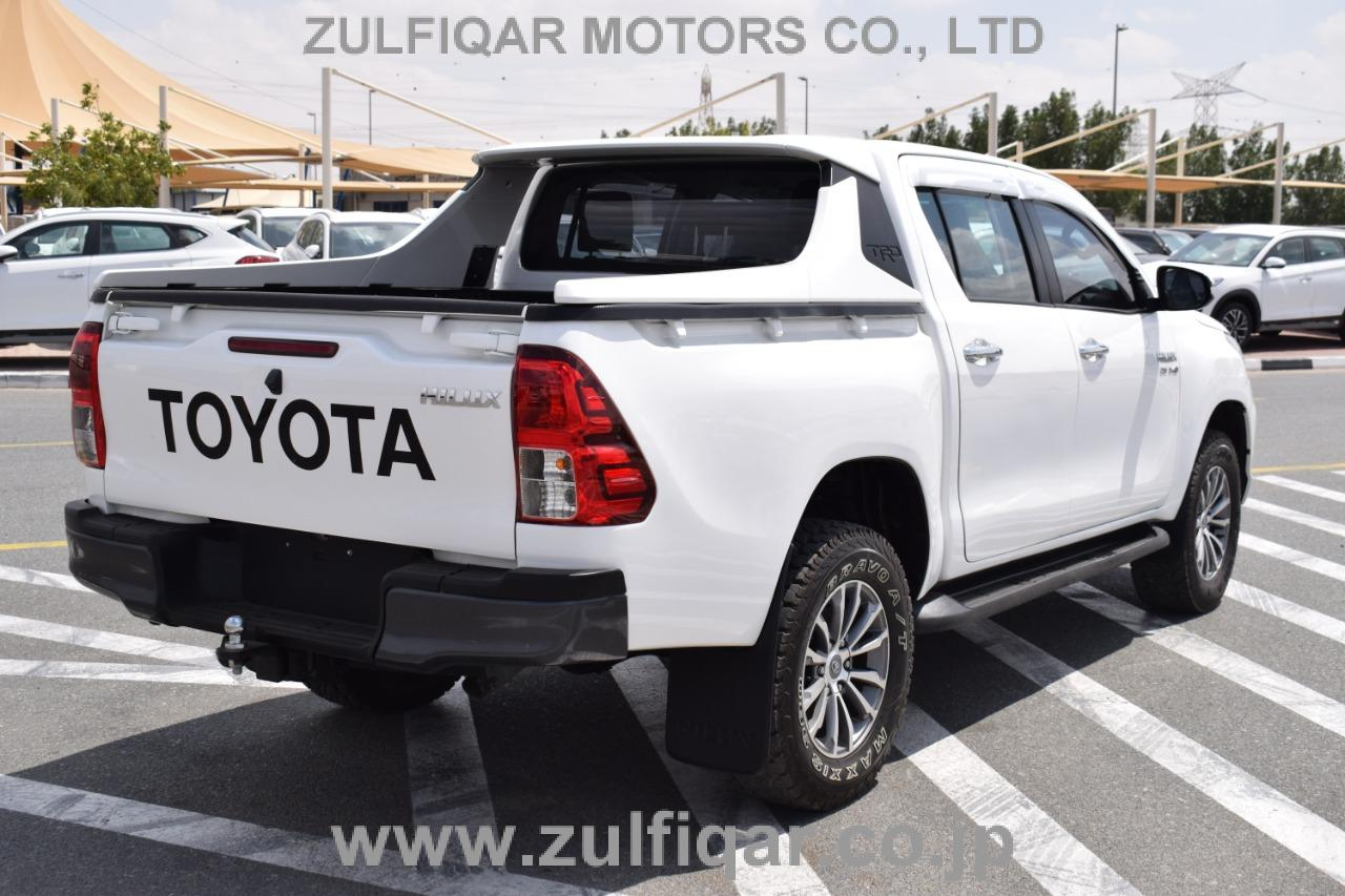 TOYOTA HILUX PICK UP 2016 Image 12