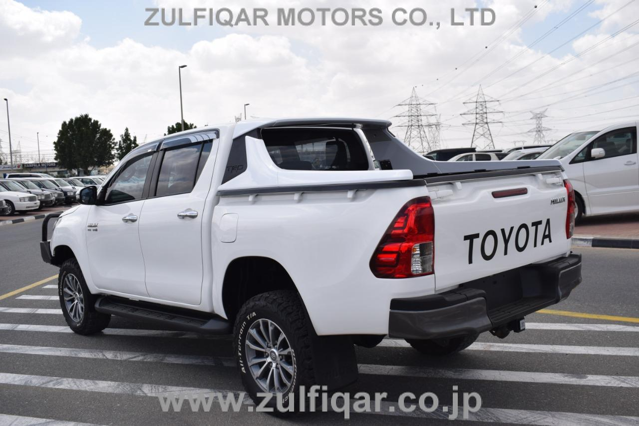 TOYOTA HILUX PICK UP 2016 Image 2