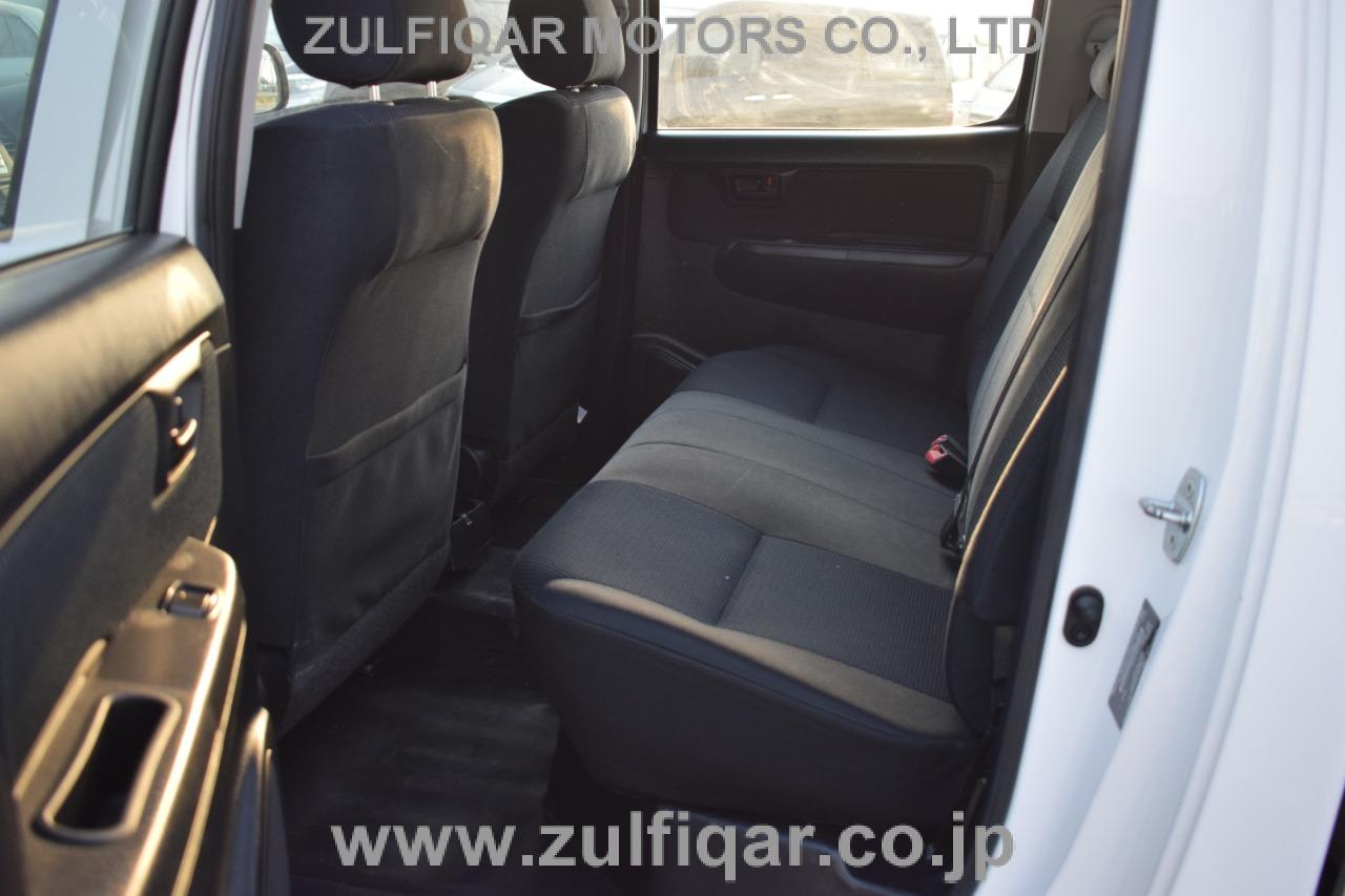 TOYOTA HILUX PICK UP 2015 Image 10