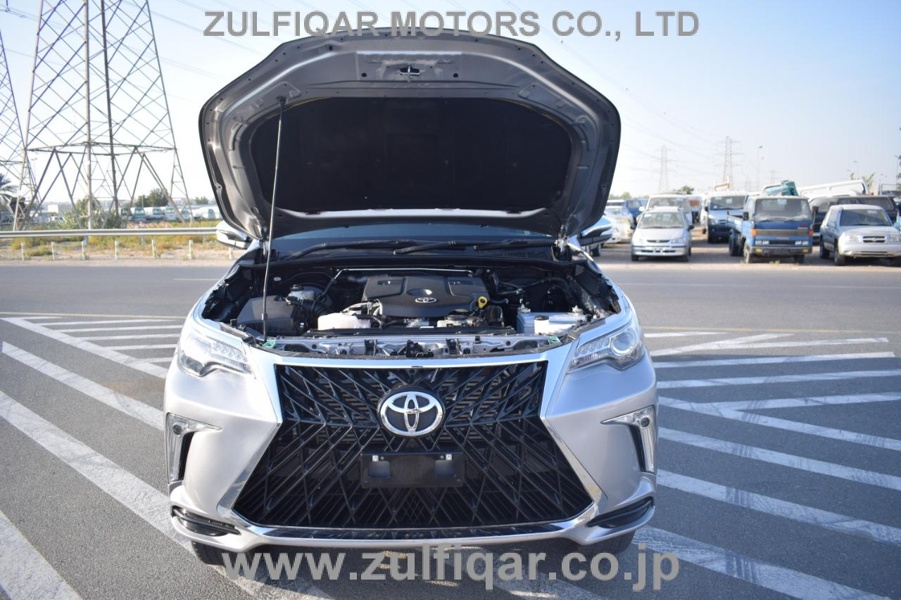 TOYOTA HILUX PICK UP 2019 Image 20