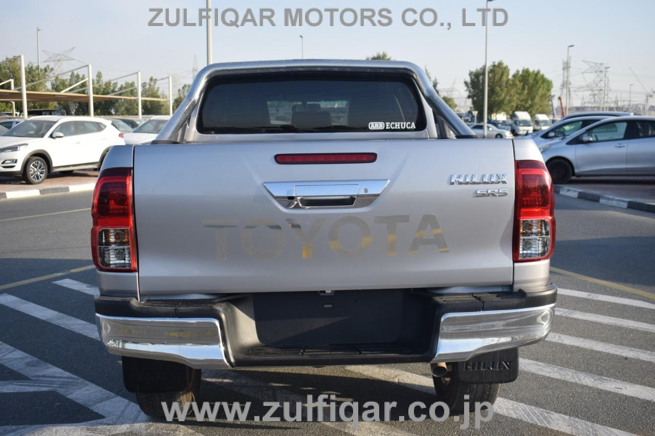 TOYOTA HILUX PICK UP 2019 Image 6