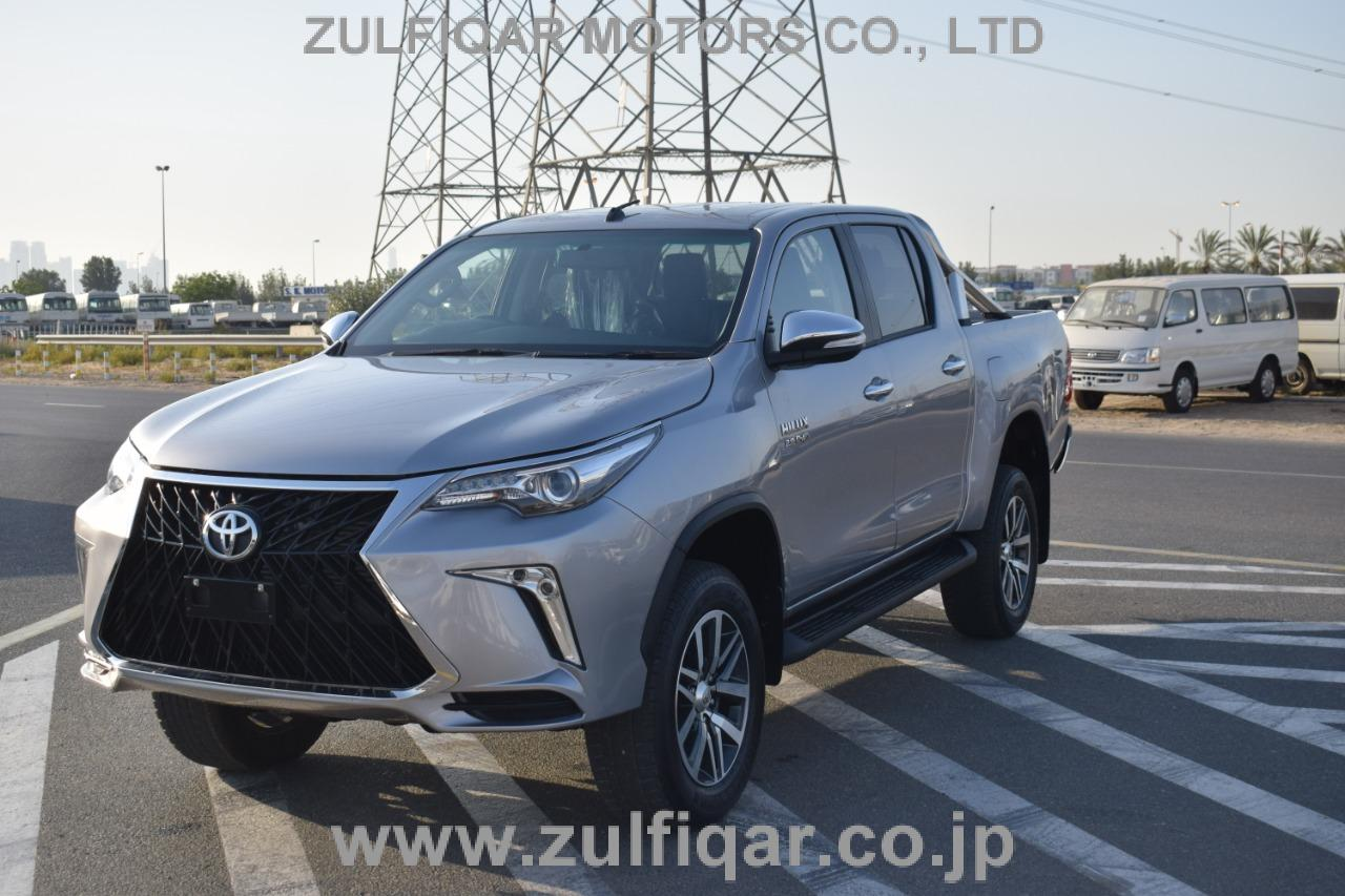 TOYOTA HILUX PICK UP 2019 Image 7