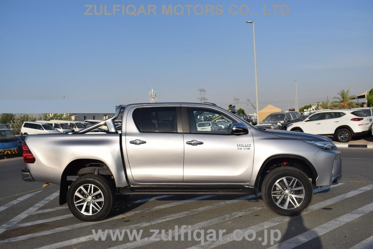 TOYOTA HILUX PICK UP 2019 Image 10