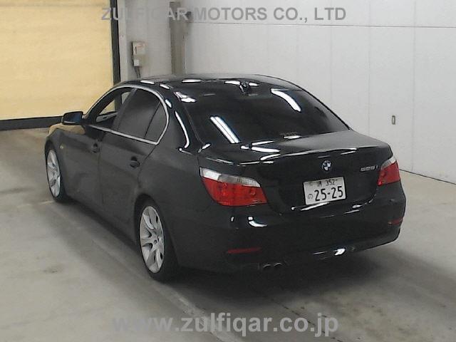 BMW 5 SERIES 2004 Image 2