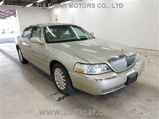 LINCOLN TOWN CAR 2005 Image 1