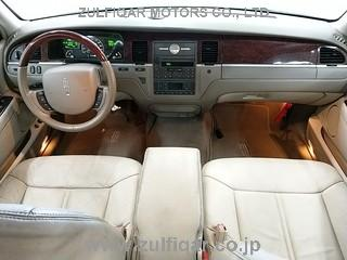 LINCOLN TOWN CAR 2005 Image 3