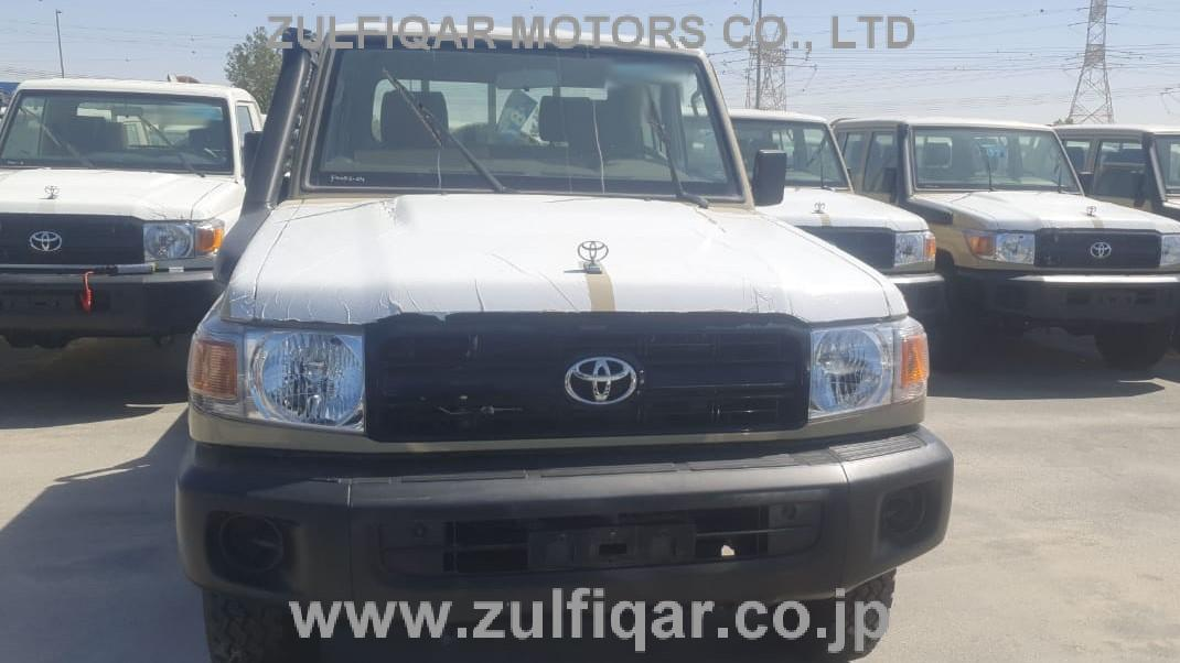 TOYOTA LAND CRUISER PICKUP 2020 Image 1