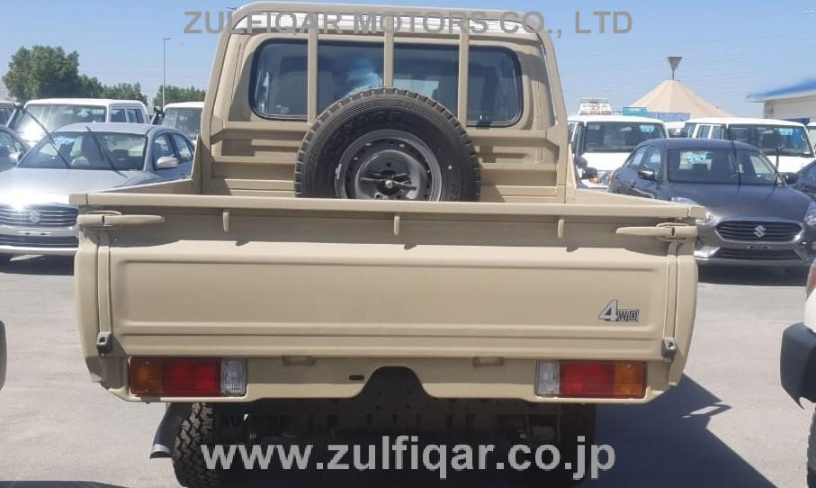 TOYOTA LAND CRUISER PICKUP 2020 Image 2