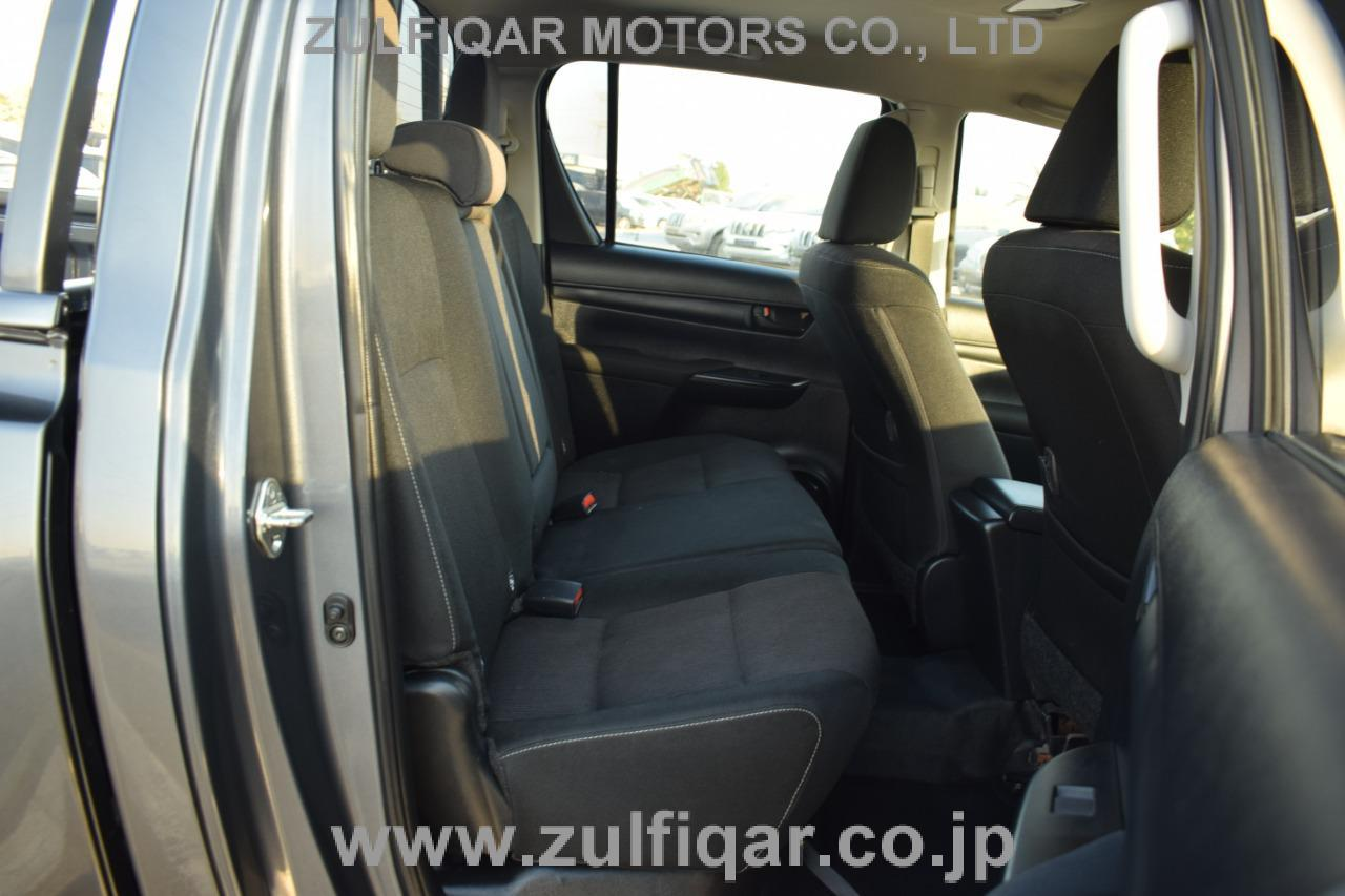 TOYOTA HILUX PICK UP 2018 Image 12