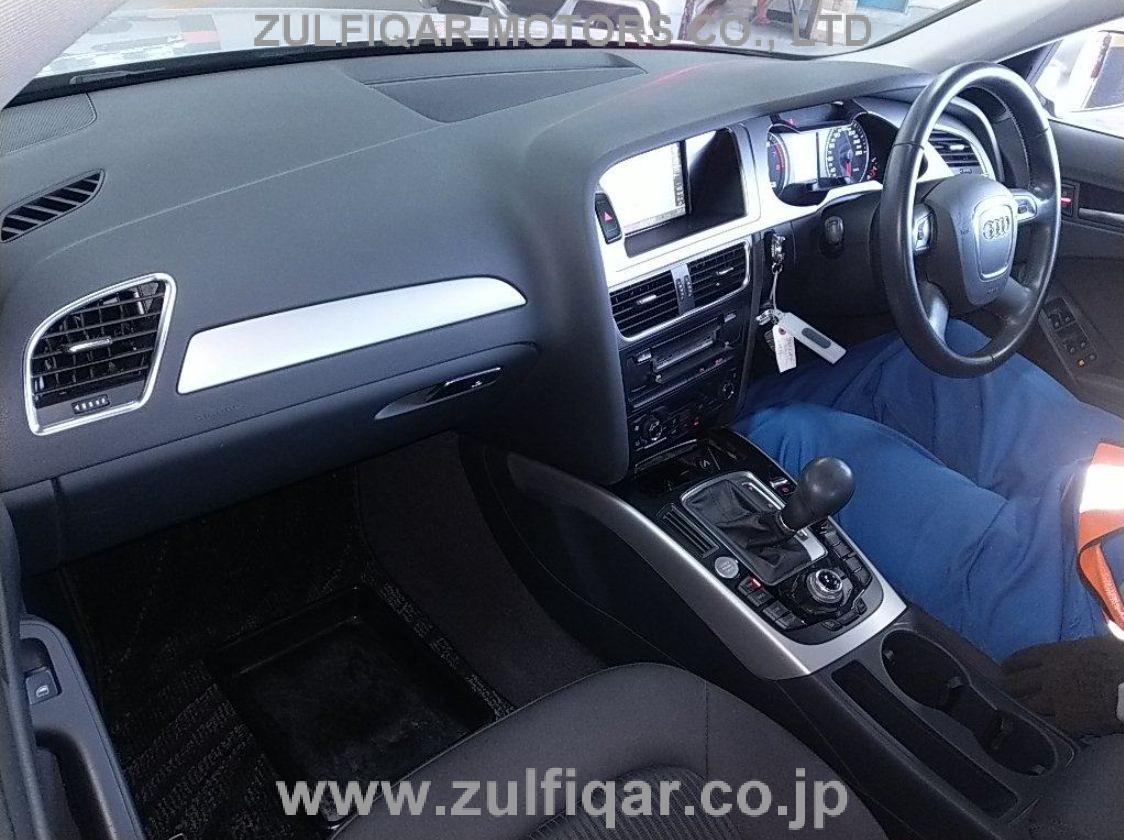 AUDI A4 2011 Image 3