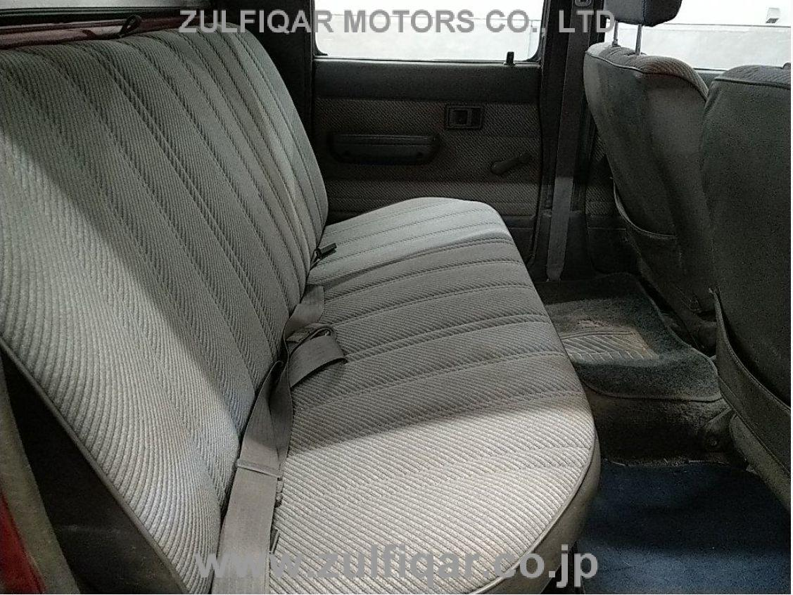 TOYOTA HILUX PICK UP 1991 Image 6