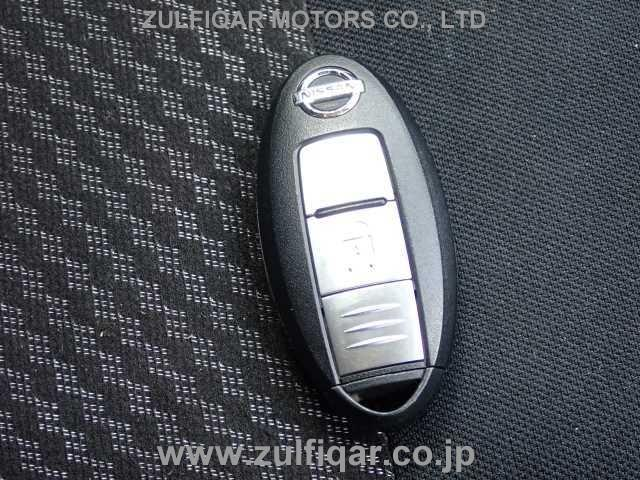 NISSAN NOTE 2018 Image 9