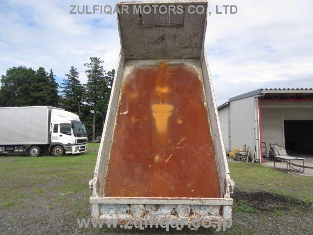 ISUZU ELF DUMP TRUCK 2001 Image 12