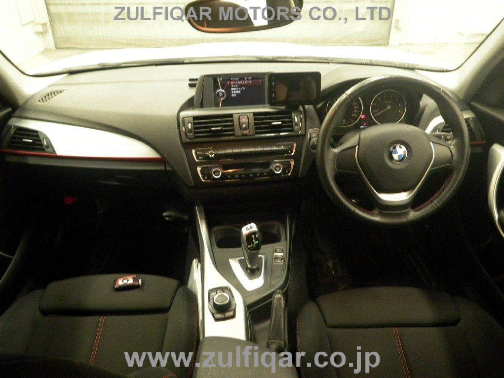 BMW 1 SERIES 2011 Image 3
